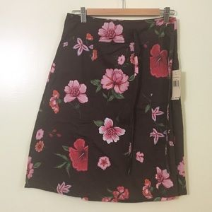 NWT Tommy Hilfiger Women's Floral Skirt